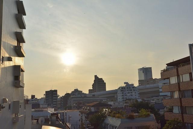 秀和参宮橋レジデンス 約7.83㎡ある南西向きバルコニーからの眺望