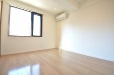 約5.4畳の洋室