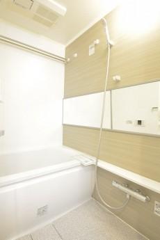 田町スカイハイツ 追い焚き機能と浴室換気乾燥機付きのバスルーム101