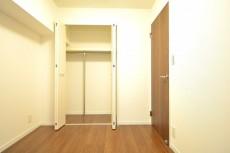田町スカイハイツ 約4.5畳の洋室のクローゼット101