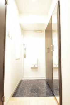 明るい玄関ホール