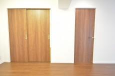 洋室の入口