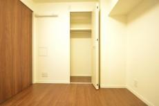 約4.0畳の洋室の収納