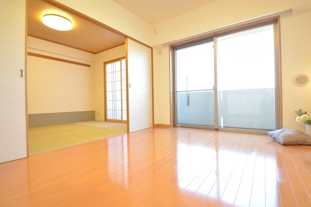 LDKと洋室をつなげると開放感のある空間に♪