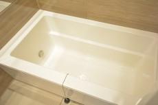 高輪中台マンション 冷える季節にうれしい保温浴槽