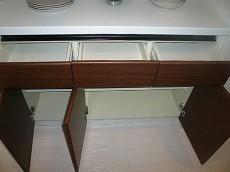 キッチン カウンター付収納