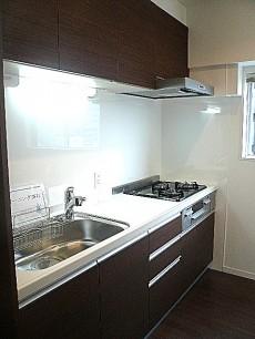 中銀築地マンシオン 収納バッチリなカウンターありのキッチン