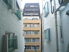 麻布網代マンション 17.5帖洋室からの眺望