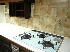 麻布網代マンション キッチン 3口コンロ