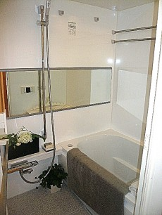 トーア新富マンション 浴室です。