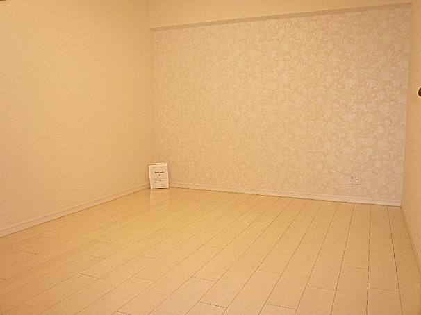 マンション駒場 洋室6.0帖303