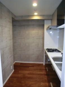 トキワパレス コンクリート壁がオシャレなキッチン1109