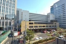 ストークマンション三田 バルコニーからは郵便局が見えます。