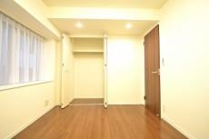 ハイツ日本橋中洲 約5.7畳の洋室のクローゼット