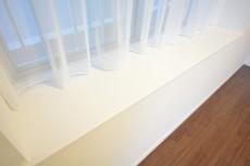 ハイツ日本橋中洲 約6.3畳の洋室の出窓