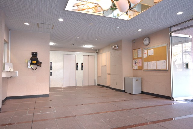 東中野ハイム エントランスホール