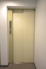 クレール麹町 エレベーター