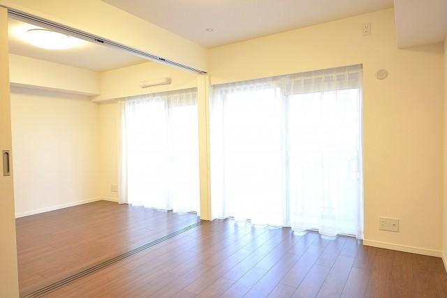 明石町アビタシオン LDK+洋室で広々とした空間に♪