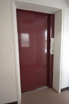 明石町アビタシン エレベーター