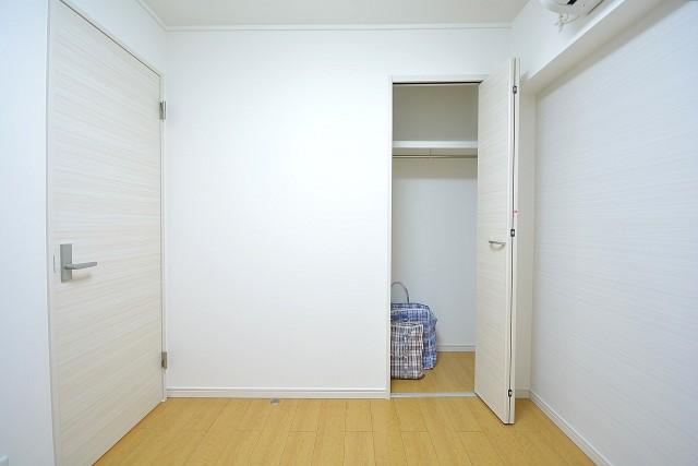 大森パークハイツ 約4.3畳の洋室のクローゼット