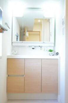 松濤ハウス 洗面化粧台