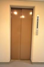 松濤ハウス エレベーター