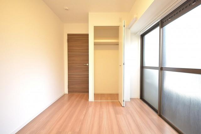 三田富洋ハイツ 約5.0畳の洋室のクローゼット