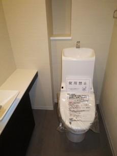 ウォシュレット・手洗い場付きトイレ