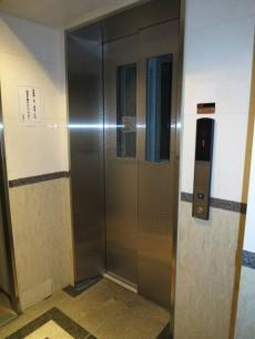 パークウェル文京千石 エレベーター