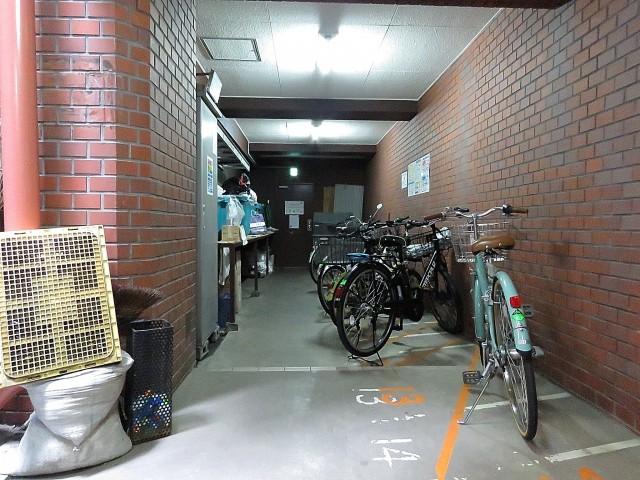 グリーンキャピタル広尾 駐輪場