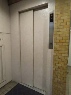 リア・マンシオン晴海 エレベーター
