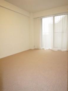 約8.8帖の洋室