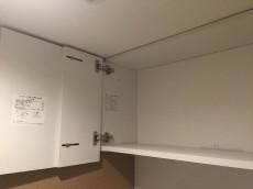 シャンボール柿の木坂 トイレ収納