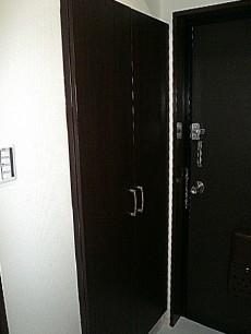 高さのある玄関収納。
