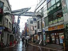 駅周辺 商店街