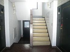 階段でお部屋まで~