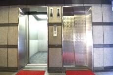 ミサワホームズ東大井 エレベーター2基設置