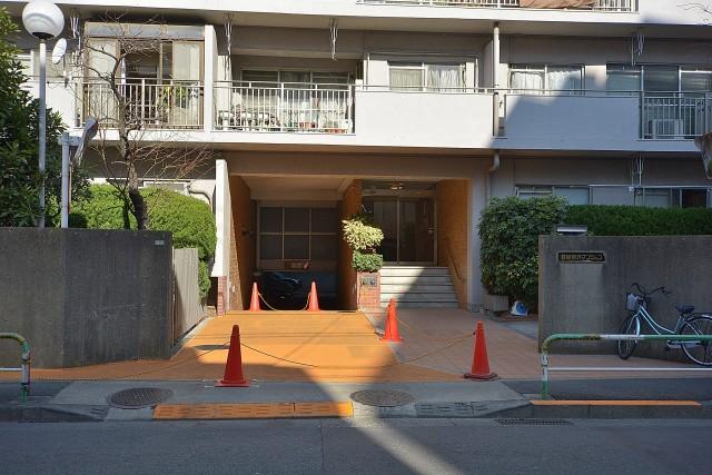 日生野沢マンション エントランス