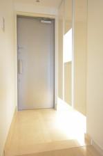大崎南パークハウス 明るい玄関ホール
