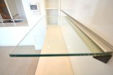 大崎南パークハウス ガラスの飾り棚