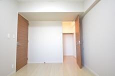 大崎南パークハウス 約6.0畳の洋室にはWICあり