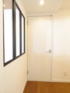 ジェイパーク南麻布 洗面室扉
