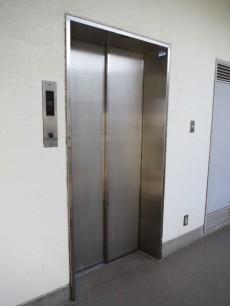 サンセゾン若松町 エレベーター