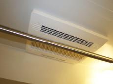 目白ガーデニア バスルームには浴室換気乾燥機付416