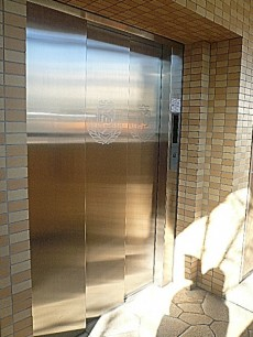 フローレンスパレス多摩川 エレベーターです。