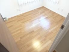 約3.3畳の洋室