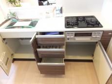 ビッグ武蔵野池袋 システムキッチン