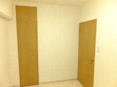 ロイヤルパレス東中野 洋室2