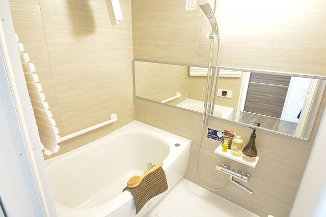 セイワパラシオン笹塚 追い焚きと浴室乾燥機能付きバスルーム