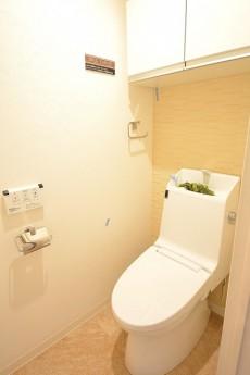 トゥール高輪 ウォシュレット付きトイレ